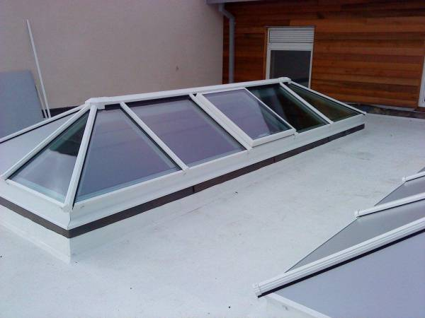 Manual Roof Vents
